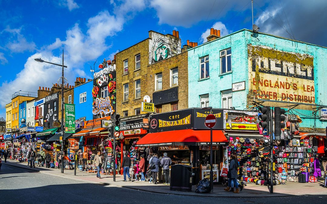 This One Cool Spot in London Lets You Experience the City at Its Most Eccentric — Prepare to Be Amused by the Sights!