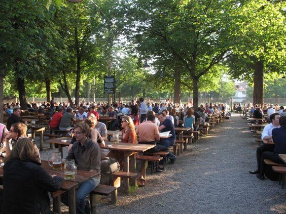 Hirschgarten-Best_Beer_Hall_in_Germany