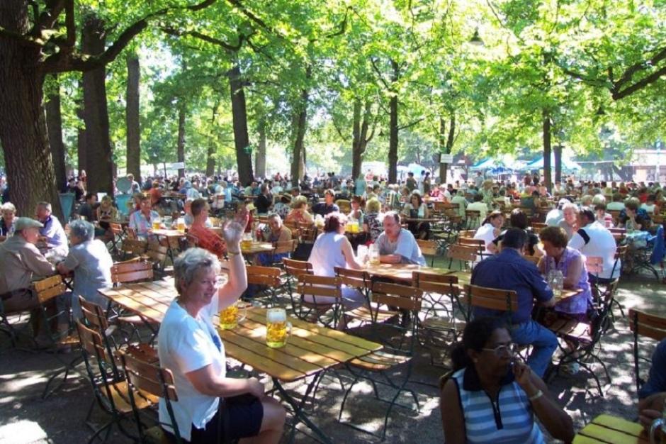 Hirschgarten_2-Best_Beer_Hall_in_Germany