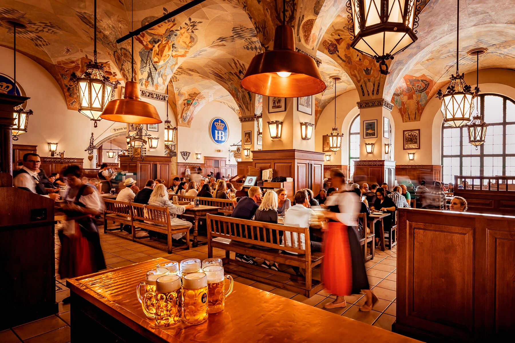 Hofbrauhaus_am_Platzl_-_Best_Beer_Hall_in_Germany
