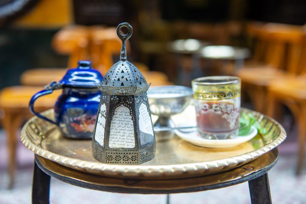 ramadan in lebanon - iftar tea and decorations