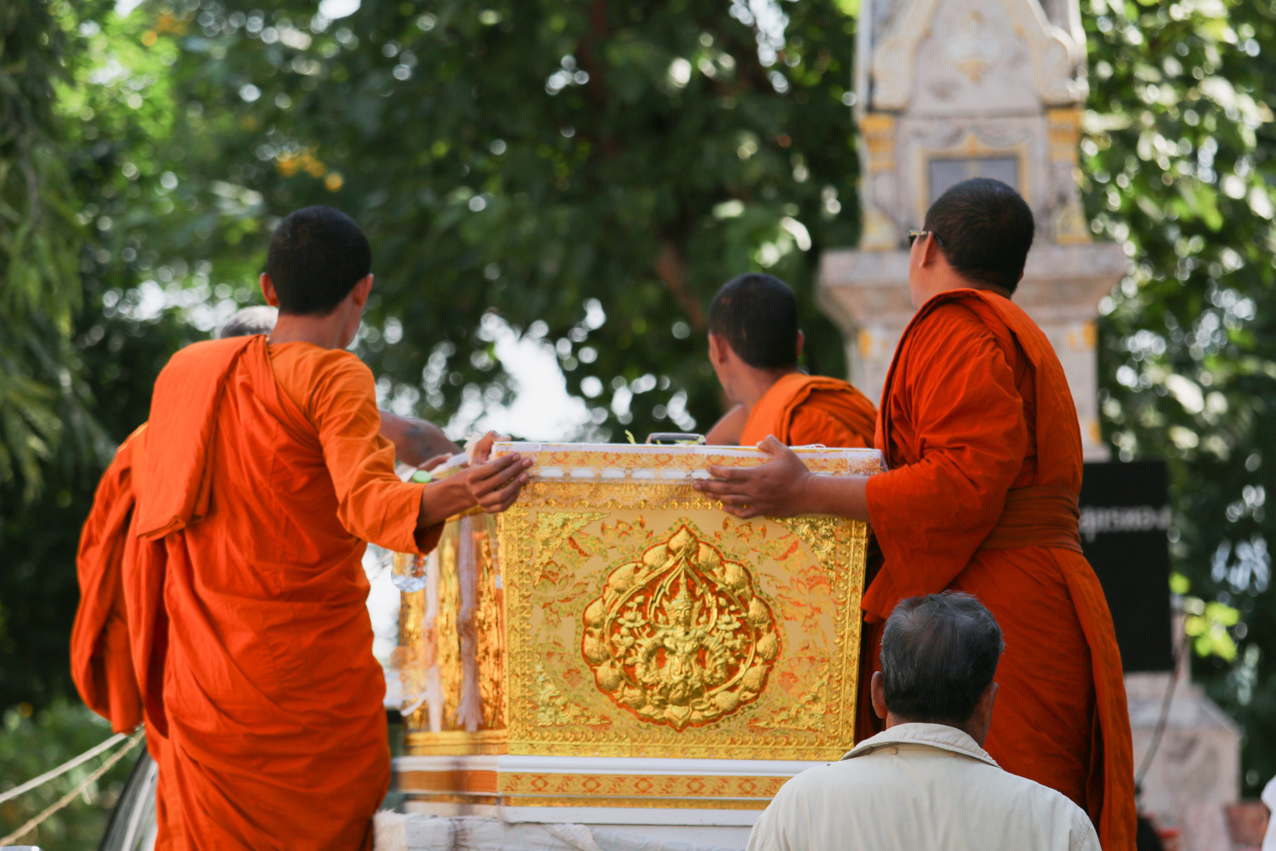The Eye-Opening Cultural Insights of Attending a Thai Buddhist Priest Funeral
